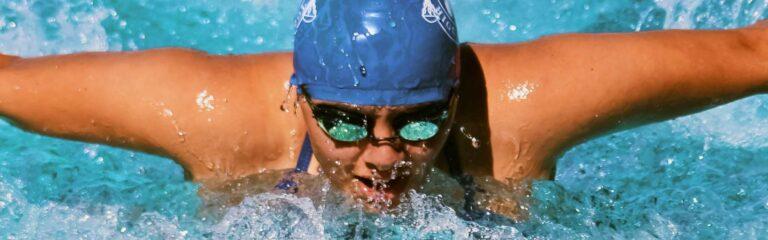 Cómo se realizan los estilos de natación